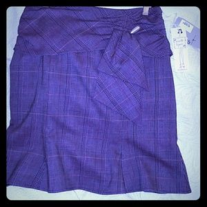 Nanette Lapore Beautiful fluted skirt in plum