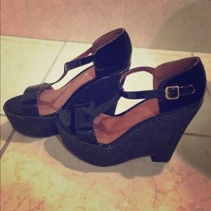 Elizabeth and James Black Platform T Strap Wedges