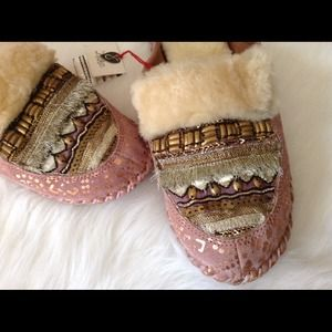 Anthropologie Shoes - Anthropologie slippers