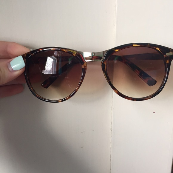 ray ban erika sunglasses look alike
