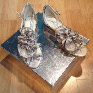 Kelsi Dagger sandal