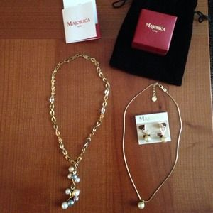 Majorica pearl necklace & earrings.