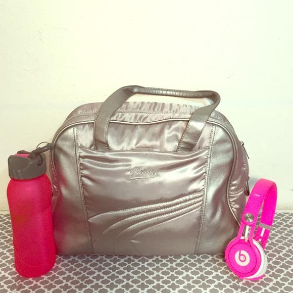 866daf0fac0 🎉SALE🎉Puma gym bag. M 54bd9c3494c7de2c41219ecd