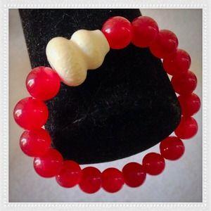 Jewelry - RED AGATE STRETCH BRACELET