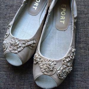 Leather peep toe flats