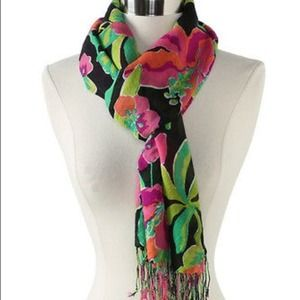 Lilly Pulitzer Accessories - 🆕LISTING! Lilly Pulitzer Murfee Scarf