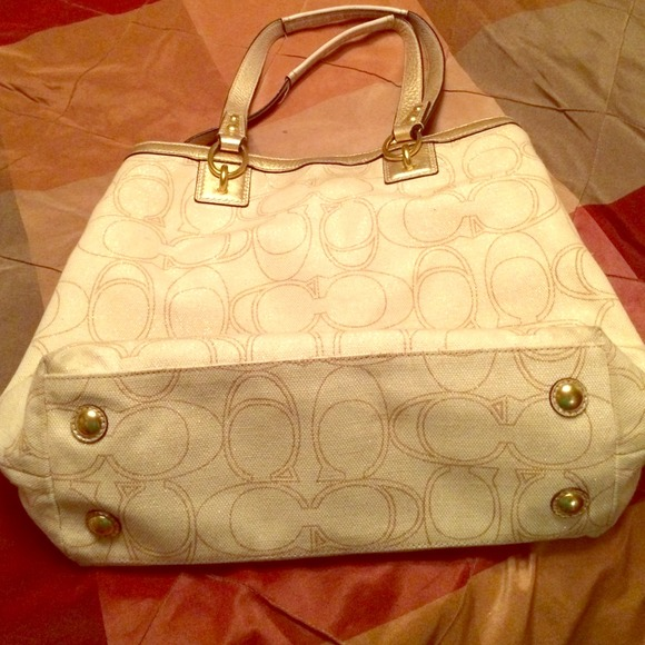 2a3428d718 Coach Bags | Authentic Gold And Cream Purse | Poshmark