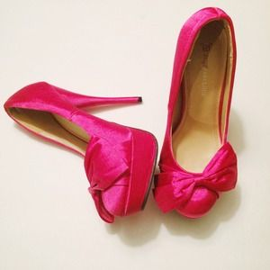 JustFab Shoes - Hot Pink Satin Bow Platform Pumps