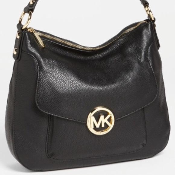 b4bd80c2f9 🌟SALE🌟 Michael Kors  Fulton  large shoulder bag.  M 54bdeeaefbd594054c0605e0
