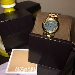 Gold Marc Jacobs watch