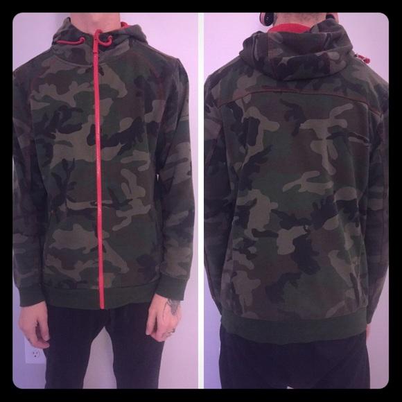 01155e620a96 Jordan craig Jackets   Blazers - Jordan Craig camo hoodie