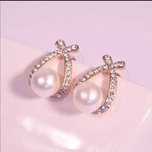 Jewelry - 🌹Noble pearl silver earring🌹