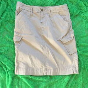 Khaki thin cord cargo skirt