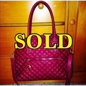 ❤️JUST FAB QUILTED HANDBAG❤️