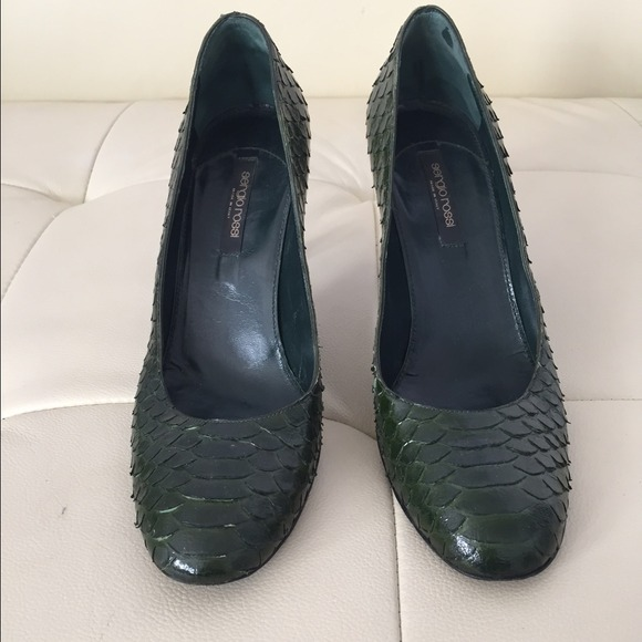 70 off sergio rossi shoes not for sale sergio rossi snake skin heels from shayna 39 s closet on. Black Bedroom Furniture Sets. Home Design Ideas