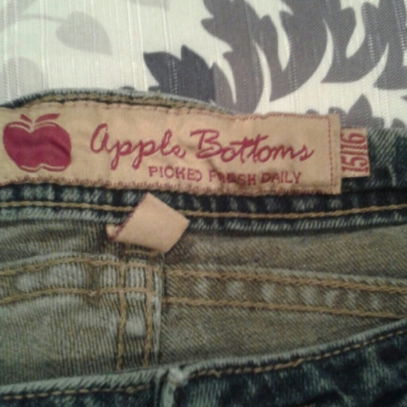 90% off Apple Bottoms Denim - SALE TODAY ONLY**Apple Bottom jeans ...