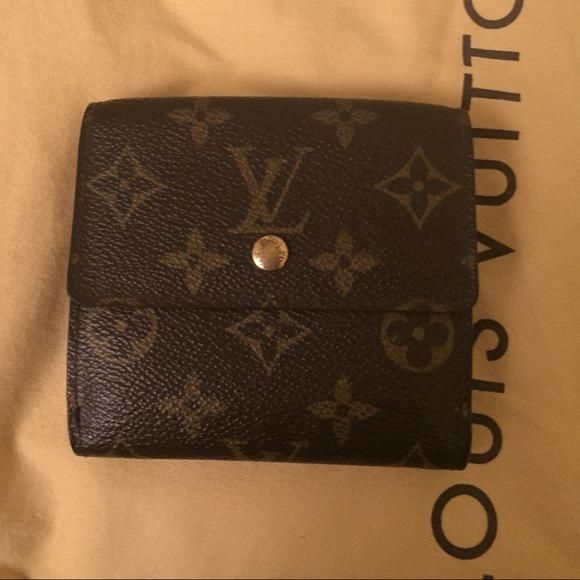 29bccdfa6cff Louis Vuitton Clutches   Wallets - Authentic Louis Vuitton Elise Trifold  Wallet