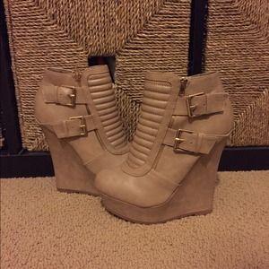 Lola shoe boutique