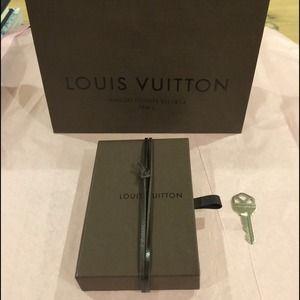 Louis Vuitton Gift box & Bag Free Hermes ribbon