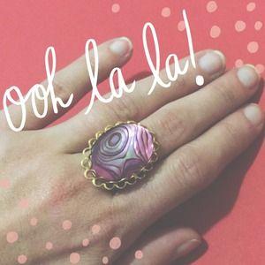 Vintage Jewelry - Gold Purple Stone Vintage Ring