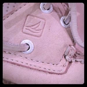 Sperry top sider boating shoes