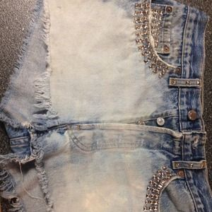 SOLD.   Vintage Levi shorts size 30