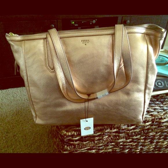 714113ec5df New fossil rose gold handbag NWT