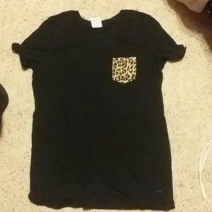 Black VS pocket shirt with cheetah pocket
