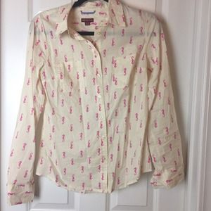 Target seahorse button up