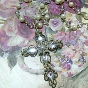 Cross necklace ( pearl an stone)