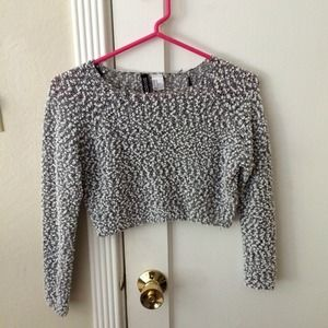 H&M crop sweater XS