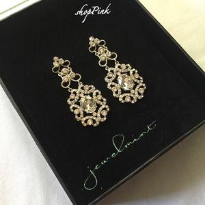 Jewelmint Earrings.