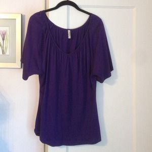 OLD NAVY Purple Top!