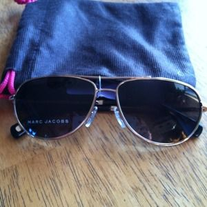 ⭐️SALE⭐️NWOT Marc Jacobs aviator sunglasses