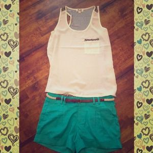 Mint shorts with belt