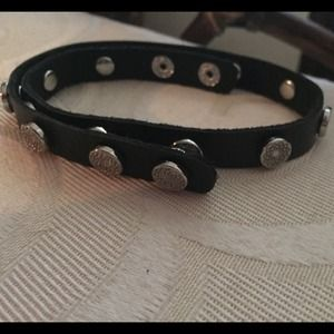 Southill black and silver wrap