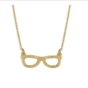 CLOSET CLOSING SALEGold Plated Glasses necklac