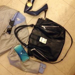 Michael Kors Handbags - Michael Kors side zipper satchel bag