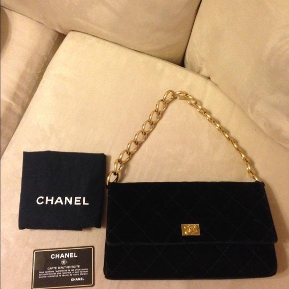 544714bcc5912b CHANEL Handbags - CHANEL VELVET EVENING BAG