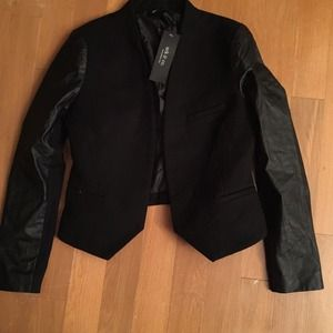 Wool and leather sleeves blazer