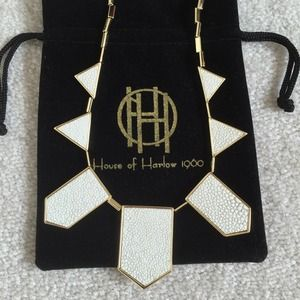NWT House of Harlow Necklace