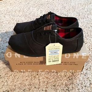 9e3f6251df6 TOMS Shoes - Toms Twill Cordones - Black - BRAND NEW men s 8.5