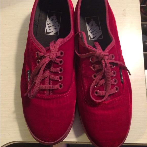 bcc96d5621 New red velvet vans women s 8 men s 6.5 van s