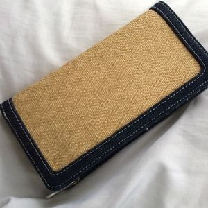 Wallet (could double as a clutch!)