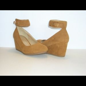 Shoes - Ankle strapped low wedge