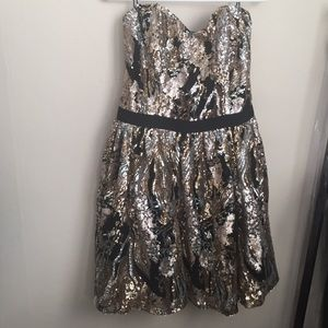 NWT Sequin swirl party dress by Guess 2017