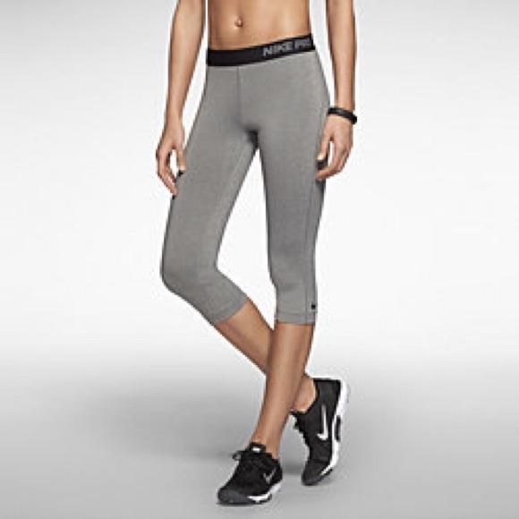 9b2fe6b7e3029 Grey Nike Pro Capri tights. M_54c30907e989551c3d0abd6a