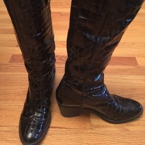 Janet and Janet Shoes - Janet & Janet Italy. Leather cowboy boot. Sz 40/10