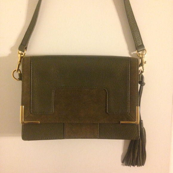 98% off Vince Camuto Handbags - 💜Trade💜 Vince Camuto olive green ...
