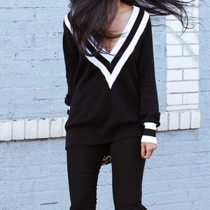 Wildetheheart Sweaters - Varsity sweater - xs / black with white stripe